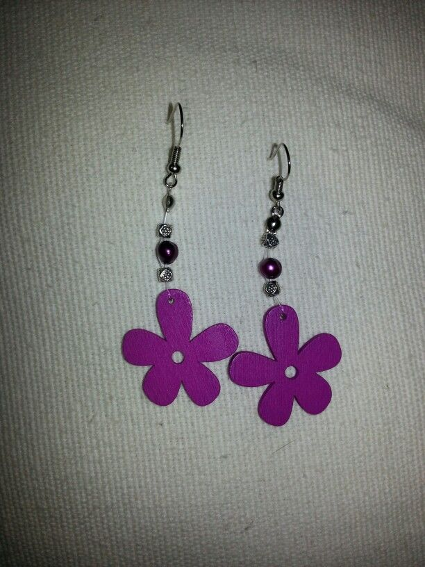 I made these for a friend, love them.  I will have to make myself a pair.