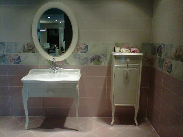 Küçük banyolar için Victoria serisinin mobilyaları çok uygun...
