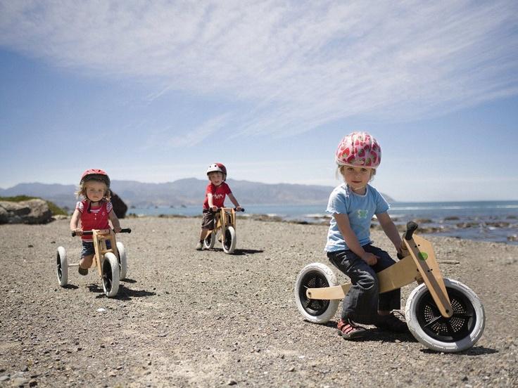 Bike from Wishbone Design...love this..it adjust as child grows!: For Kids, Kids Bike, Balance Bike, 3In1 Bike, Wishbone 3In1, Wishbone Bike, Design Studios, Wishbone Design, Kids Toys