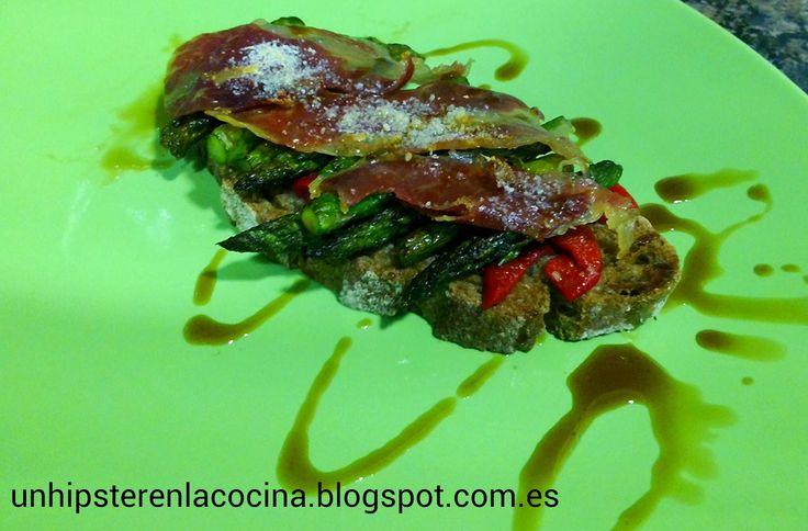 http://unhipsterenlacocina.blogspot.com.es/2013/10/tosta-de-esparragos-y-jamon-iberico.html