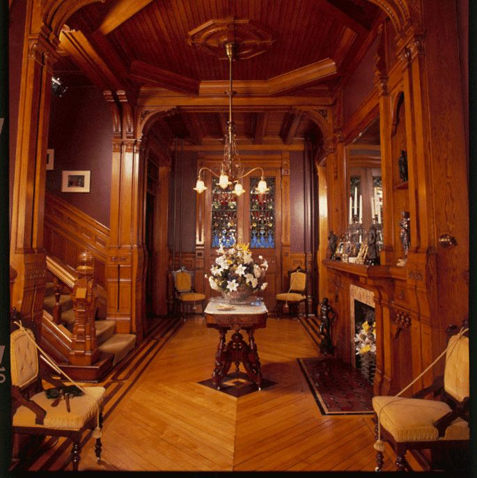 Hearthstone Historic House Museum World S First Home Lit By Hydroelectricity Located In Appleton