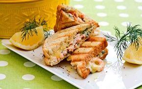 Katkaraputoast ja majoneesia / Shrimp toast with mayo