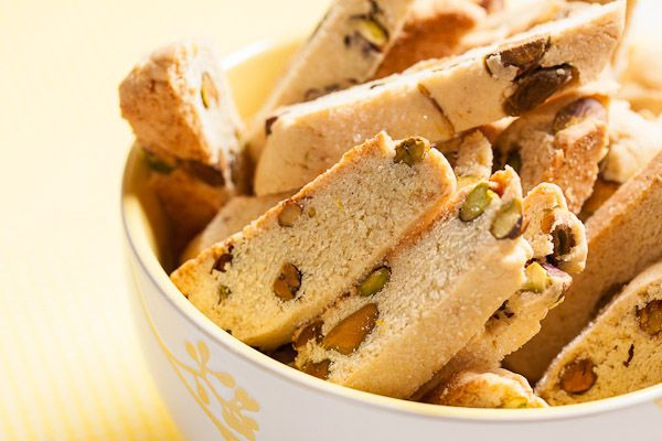 Crispy lemon pistachio biscotti, flavoured with fresh lemon zest and studded with toasted pistachios. I could eat the whole batch by myself!