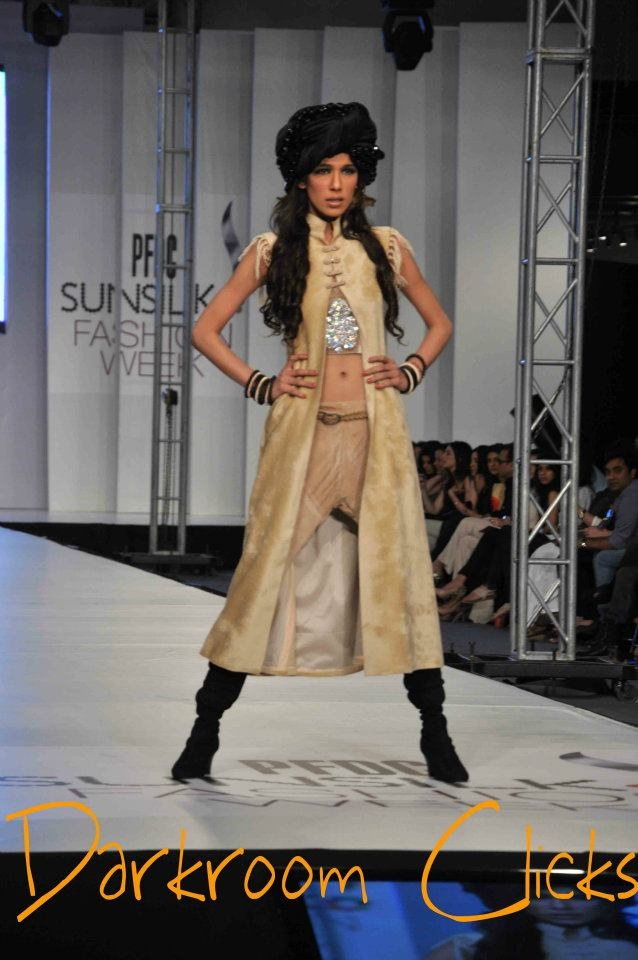 Model on ramp  PFDC Sunsilk Fashion Week 2012