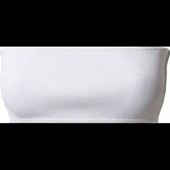 Balmain x H&M White Bandeau Top Beautiful, authentic white bandeau top from Balmain x H&M collection. Gorgeous detail. Serious inquiries only. Rude comments will get you blocked. Balmain x H&M Tops