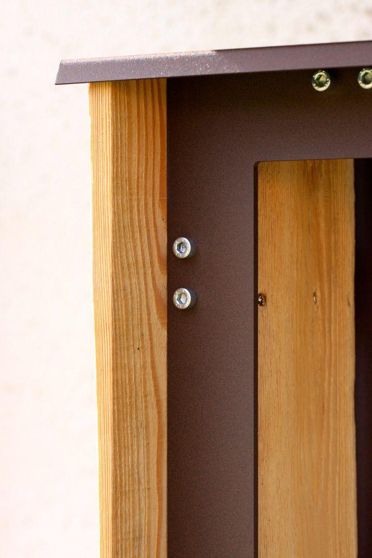 woodshed side detail