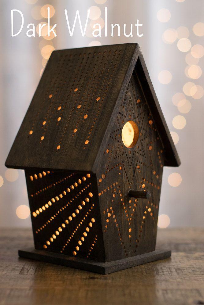 StarBurst en mancha nogal oscuro - luz de la noche de Birdhouse - bosque vivero luz nocturna - bebé / niño de sala de la lámpara de LightingBySara en Etsy https://www.etsy.com/es/listing/270853729/starburst-en-mancha-nogal-oscuro-luz-de
