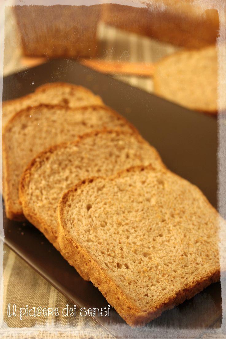 """PANE INTEGRALE IN CASSETTA – ricetta Giorilli 〰○ 〰○ 〰○ translate button inside per la ricetta clicca qui -> http://ilnuovopiaceredeisensi.altervista.org/pane-in-casse…/ Se ti piace questa ricetta /if you like this recipe, please ✔ Like ✔ """"Share"""" ✔ Comment ✔ Repost ✔Friend/follow Thank You!  #pane #bread #giorilli #buonappetito #ilpiaceredeisensi #goodmorning"""