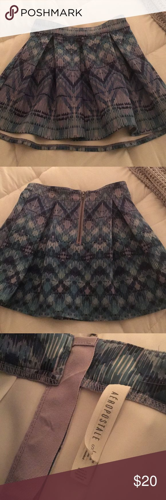 Aeropostale Mini Skirt Perfect condition! Thick material. Super cute design! Comes to middle of thigh.  Approx. 12 inches long. Aeropostale Skirts Mini