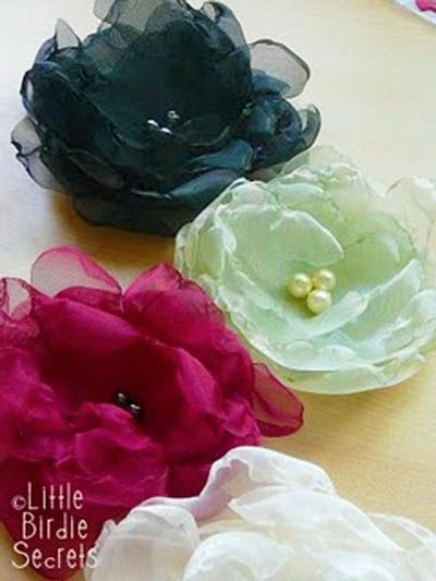 Fabric Flower TutorialsClothing Flower, Hair Flower, Hair Clips, Fabric Flowers, Flower Tutorials, Fabrics Flower, Organza Flower, Flower Ideas, Pretty Flower