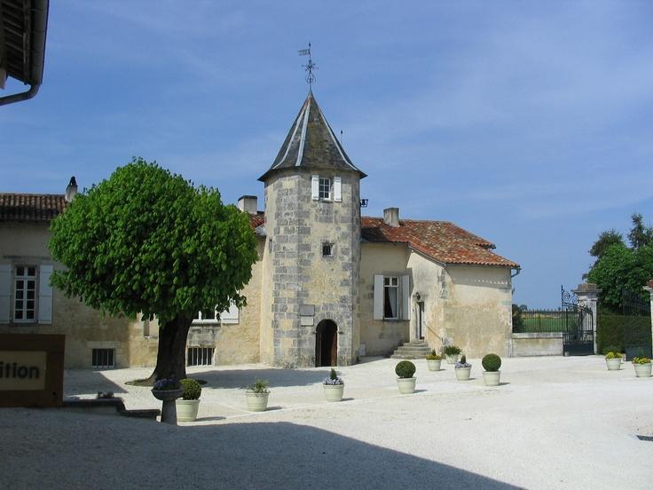 Le Maine Giraud, manoir du XVème, ancienne demeure d'Alfred de Vigny à Champagne Vigny