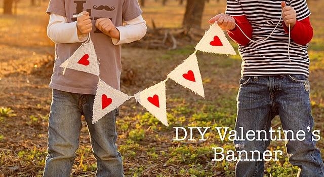 DIY Valentine's Banner: Diy'S Valentine'S, Valentine Banners, Heart Banners, Valentine'S Banners, Diy'S Banners, Valentine'S S, Burlap Banners, Diy'S Heart, Felt Heart