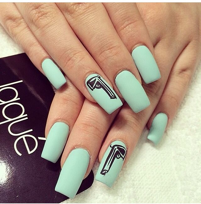 Nails: 10+ Handpicked Ideas To Discover In Hair And Beauty