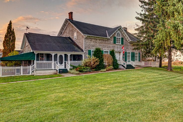 The Waring House - one of Prince Edward County's many places to stay