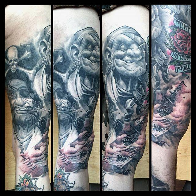 Kneecap done...making progress om mr. Bones' pirate leg... #sanctusdeus #syndicatdutatouage #denhaag #thehague #thenetherlands #thehaguesfinest #tattoo #tatouage #tatuagem #tatuaje #tatuaggi #detroit #kaohsiung #hongkong #amsterdam #sãopaulo #belfast #florianopolis #torino #neworleans #guadalajara #brussels #joinville #2016 #cheyenneprofessionaltattooequipment