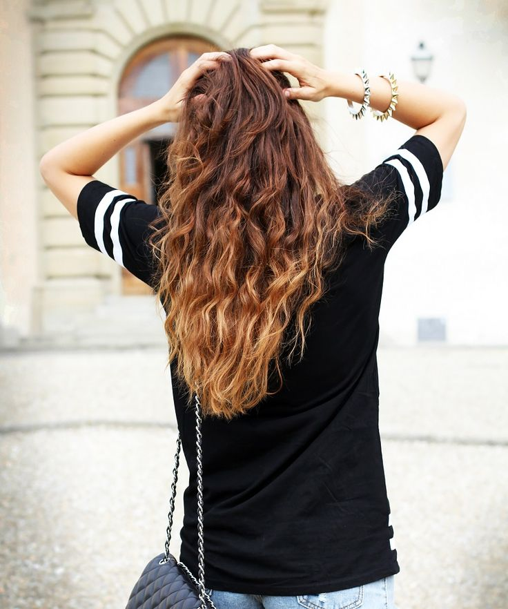 healthy long shatush ombre curly hair  www.ireneccloset.com