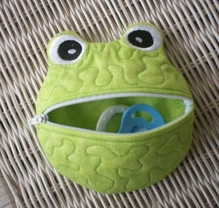 Frog Shaped Pacifier Holder ~ love these!