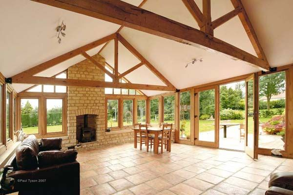 Oak Conservatory With Vaulted Roof Supported On Oak King