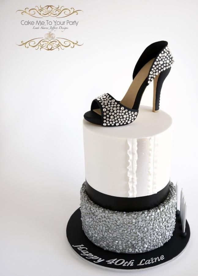 Crystal Sugar Shoe on Silver Sequins Cake by Leah Jeffery