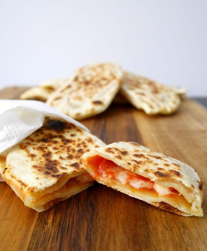 Crescioni pomodoro e formaggio