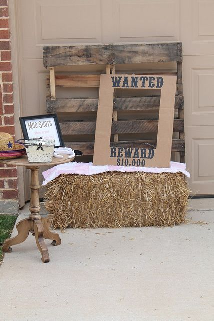 This would be a cute photo booth idea!!!! Stick horse instructions too.