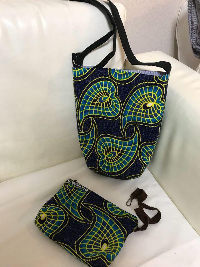 ハンドメイドマーケット+minne(ミンネ)|+アフリカの布の斜めがけバッグ