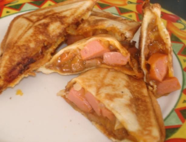 Chili Cheese Dogs - made with a Sandwich Maker - fun idea for kids!