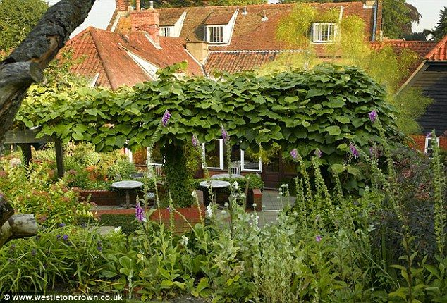 Crown Inn in Westleton, near Saxmundham, Suffolk, UK