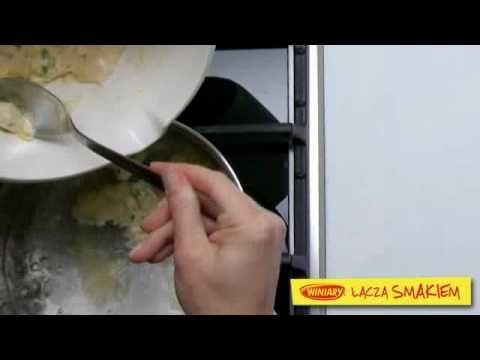 Zupa pieczarkowa z kluseczkami serowymi / Mushroom soup with cheesy dumplings  www.winiary.pl