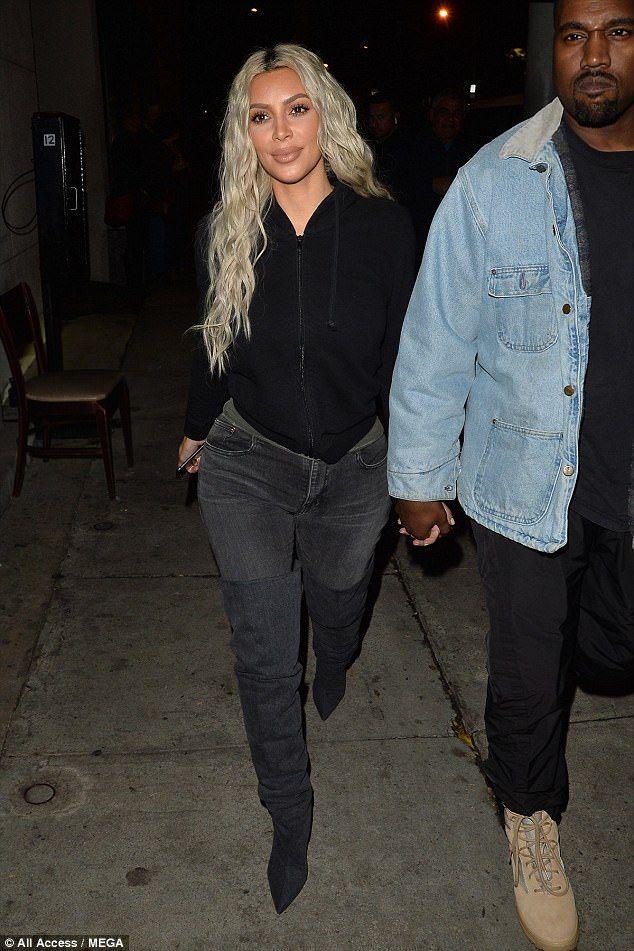 a48f9032e4 Kim Kardashian would love to attend Paris Hilton s wedding ...