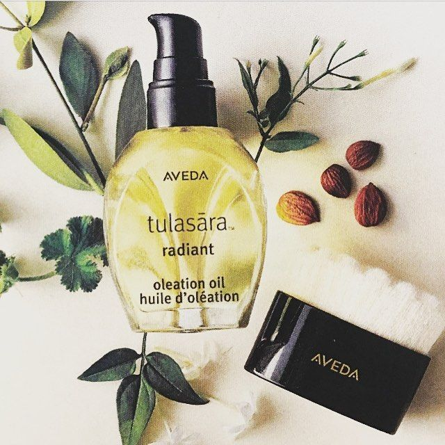 Tulasara Radiant Oleation Oil and Dry Brush