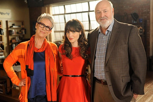 Jamie Lee Curtis and Rob Reiner Come to New Girl as Jess Parents, Zooey Deschanel