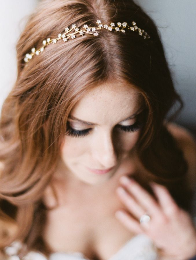 Gilded, sparkly bridal headband: http://www.stylemepretty.com/washington-dc-weddings/2015/08/10/romantic-dc-wedding/ | Photography: Bonnie Sen - http://bonniesen.com/