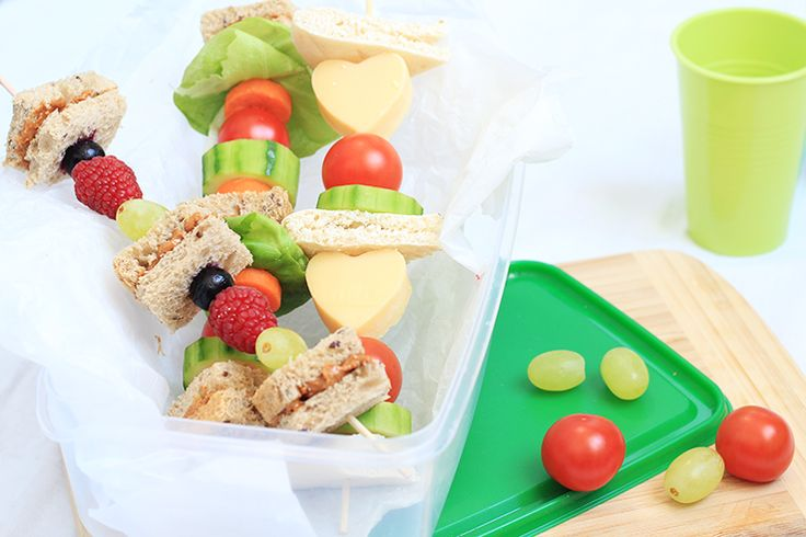 KIDS: Sandwich op een stokje