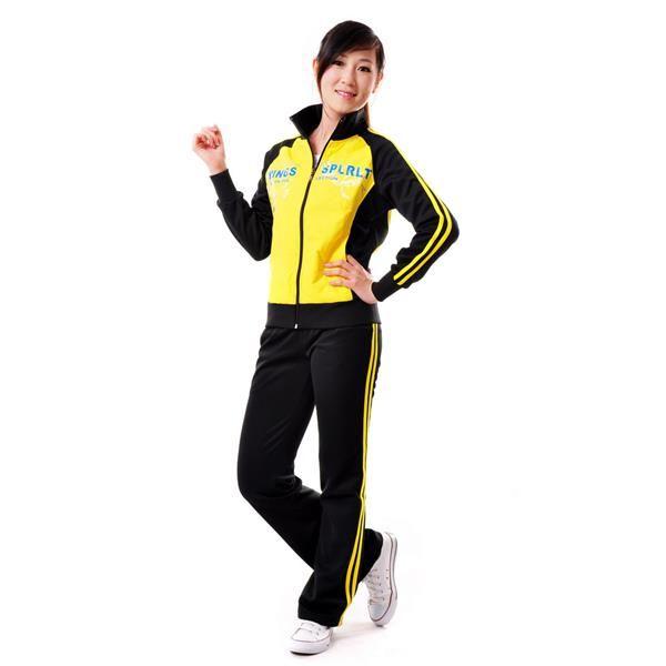 Домашний трикотажный спортивный костюм женский