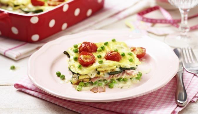 Versteckt unter Lasagne-Blättern und würzigem Gouda wird Zucchini bei der Prinzessin auf der Erbse Lasagne zum Mittags-Hit