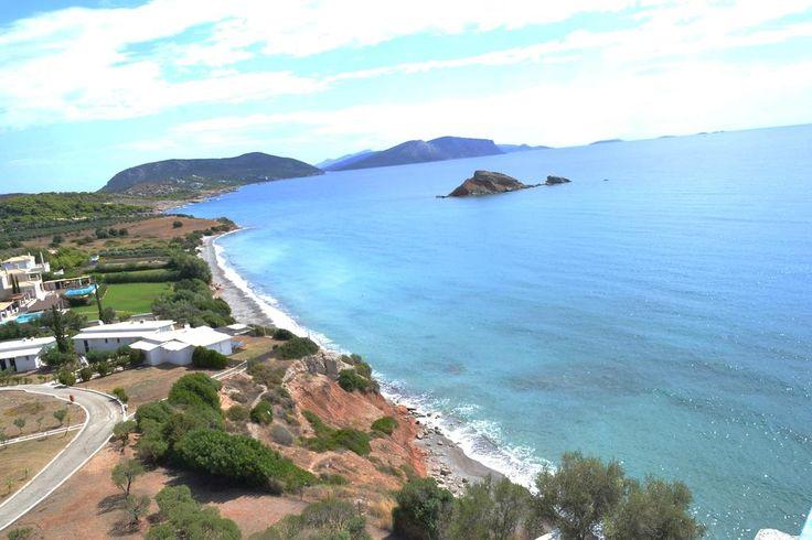Il Villaggio Club Ermioni è direttamente sul mare, sulla costa est del Peloponneso della Grecia, a circa 180Km da bellissima Atene.