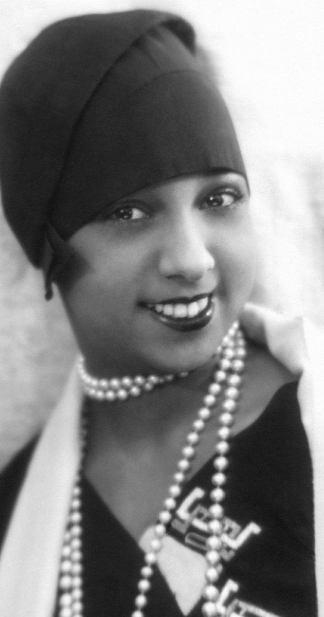 Josephine Baker, Soundtrack: Princesse Tam-Tam. Born to Carrie McDonald, a laundress, and Eddie Carson, a musician, Josephine Baker's early life hinted at her future career. She first danced for the public on the streets of St. Louis, Missouri for nickels and dimes. Later, she became a chorus girl on the St. Louis stage. At age 15, she married Pullman porter William Howard Baker, but left him when she ran away from St. Louis at age 17, feeling...