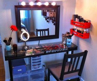 14 Inspiring Build Makeup Vanity Foto Ideas