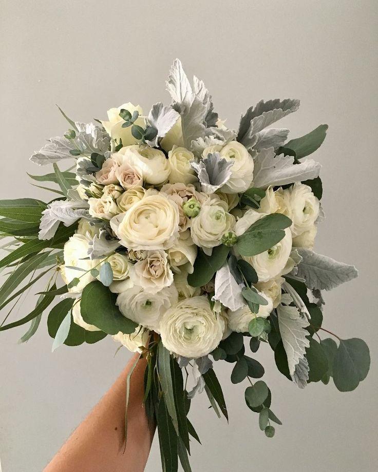 CBR456 wedding Riviera Maya white and grey flowers for bouquet/ ramo de flores gris y blancas