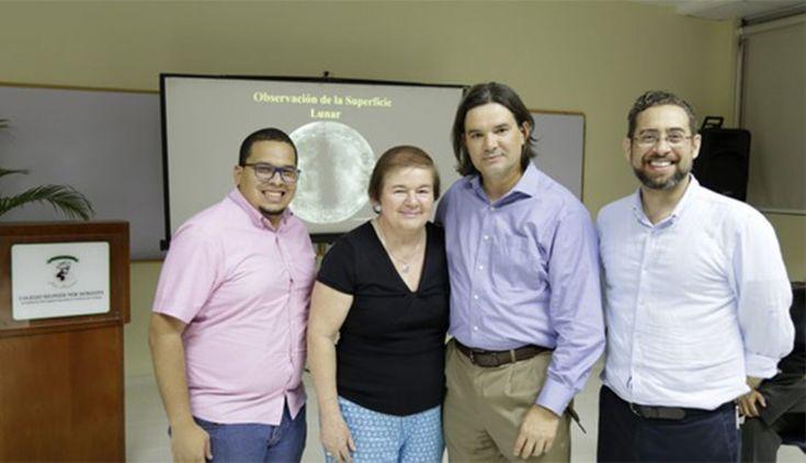 Ejecutivos del Colegio Bilingüe New Horizons comparten con padres de sus alumnos. Foto de archivo.