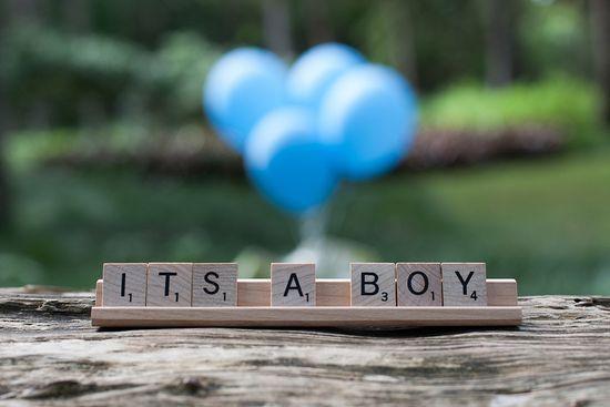 Baby Reveal. Simple. I like | http://lovely-kid-830.blogspot.com