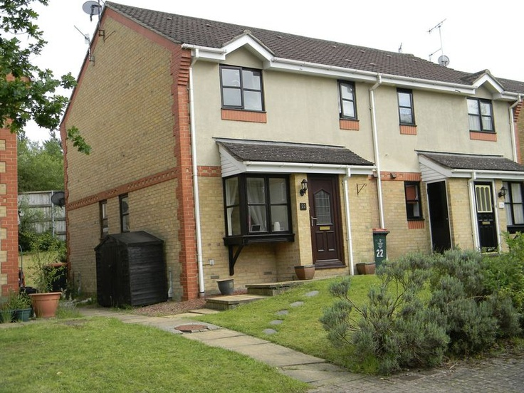 Monthly Rental Of £675  1 Bedroom Terraced House - Lyon Close, Crawley, West Sussex, RH10 7ND Estate Agents
