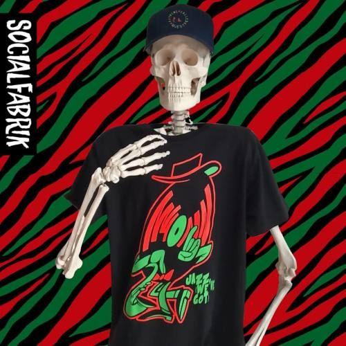 New #atribecalledquest inspired design by @ready2rumbl in store now at socialfabrik.co.uk #socialfabrik #manchester #tshirt #hiphop #vinyl #jazz #streetwear #streetart #graffiti #lowendtheory