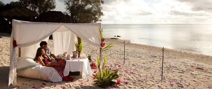¿Te imaginas tumbada en esta hamaca con tu marido? Suena bien ¿no? Y si te digo que esto es en Islas Cook, entre Hawái y Nueva Zelanda ¿mejor? ¡Descubre este genial destino para tu Luna de Miel!