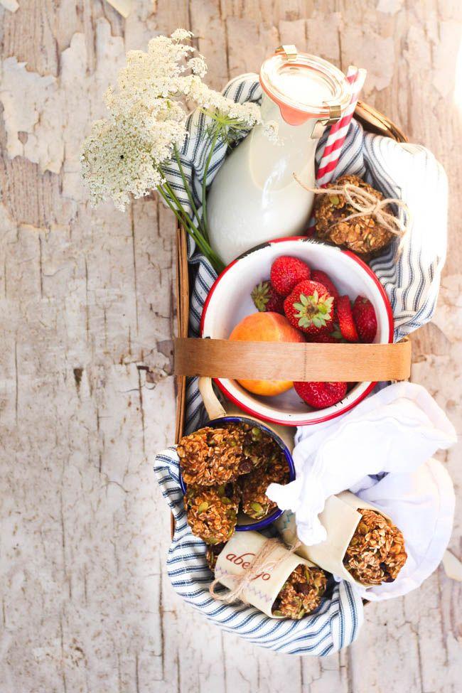 Wholehearted Eats : Fruit and Nut Yogi Bars