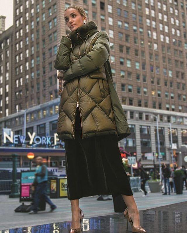 Эксклюзивно в Волгограде,по лучшим ценам ПУХОВИКИ DIEGO M теперь в наличии в нашем магазине💣💣💣 #diegom #пуховик #итальянскаяодежда #паркисмехом #шоппинг #пуховики #зимняяодежда #верхняяодежда #пальто #мода #шоурум #будьвтренде #италия #odri #odrifashion