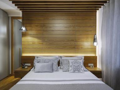 Woodetails - wooden bedroom.