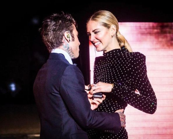 The most stylish engagement of the year might be that of fashion blogger turned celeb, italian beauty Chiara Ferragni. She got engaged to her boyfriend, Italian rapper Fedez.