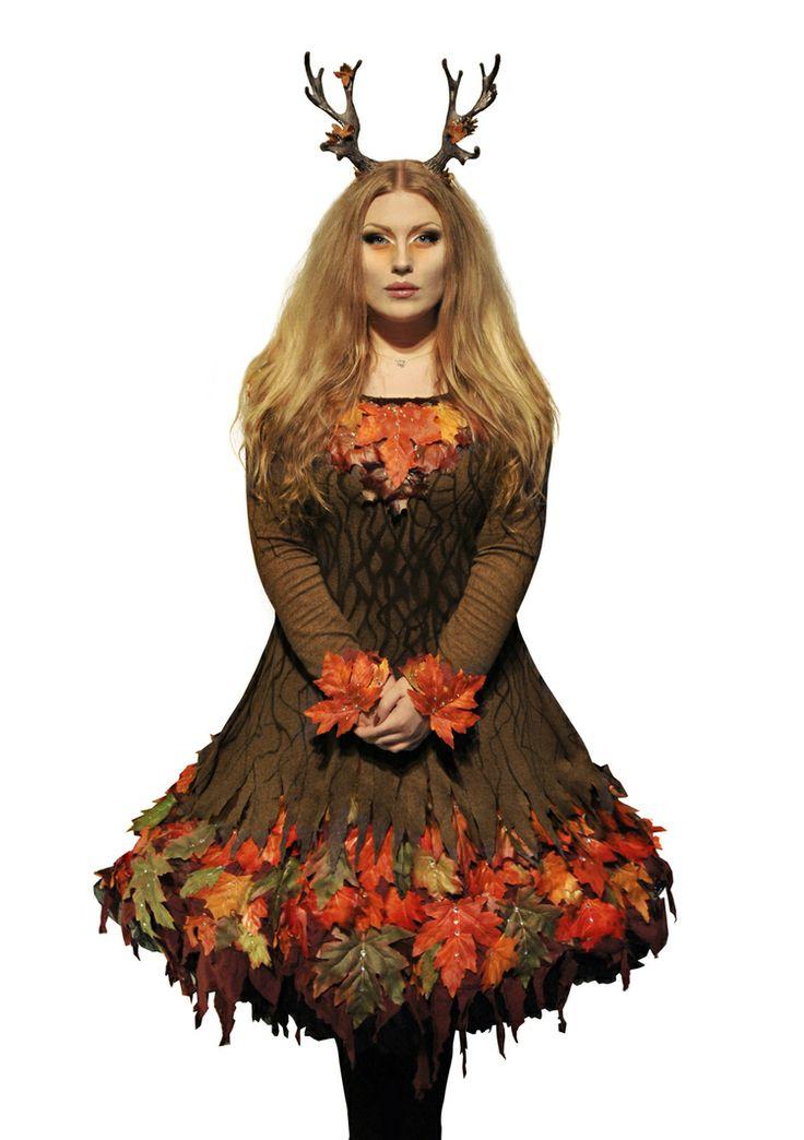 """Malin Mellryd - """"Rymenar"""" bär kronan och traditionenvidaremed Lucia i  folktron akt II under Midvinterglöd 2013 - """"Norrskenets Spegel""""!..."""